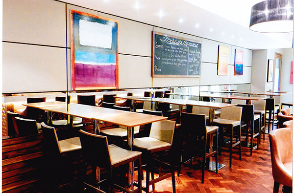 Brasserie Le Pont Collection